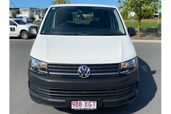 2017 Volkswagen Transporter T6  TDI250 Runner Van Image 3