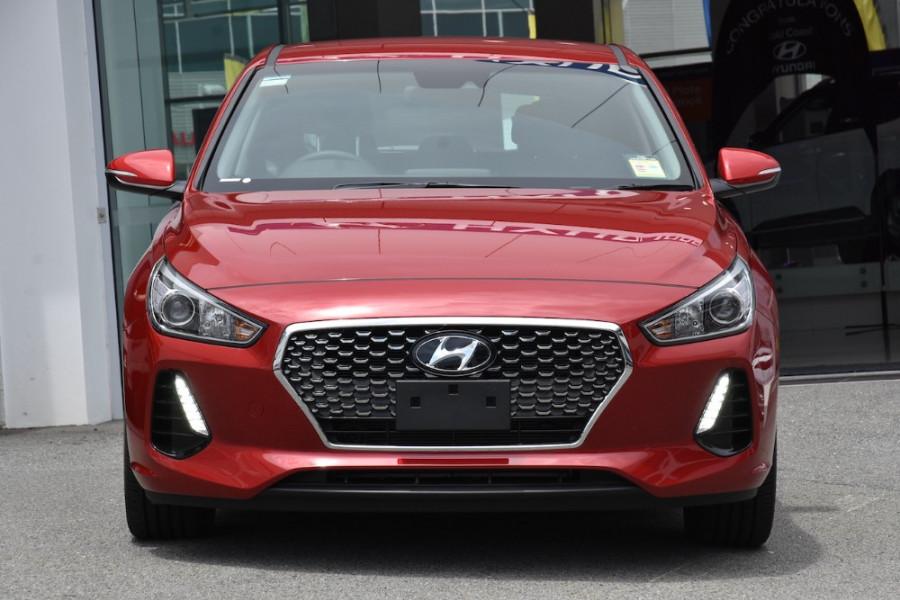 2019 Hyundai i30 PD2 Elite Hatchback Image 2