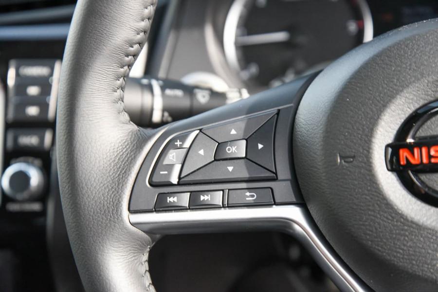 2021 Nissan Navara D23 PRO-4X Utility Image 15