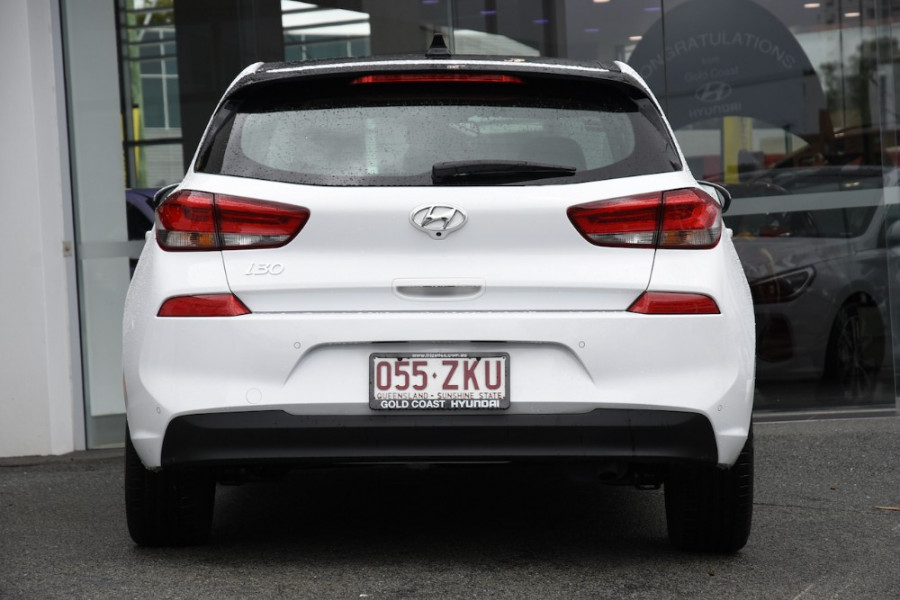 2019 Hyundai i30 PD2 Premium Hatchback Image 4