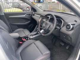 2021 MG Zs T EXCITE 1.3PT Station wagon image 6
