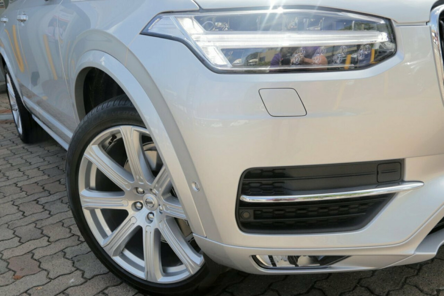2018 MY19 Volvo XC90 L Series D5 Momentum (AWD) Suv Mobile Image 2
