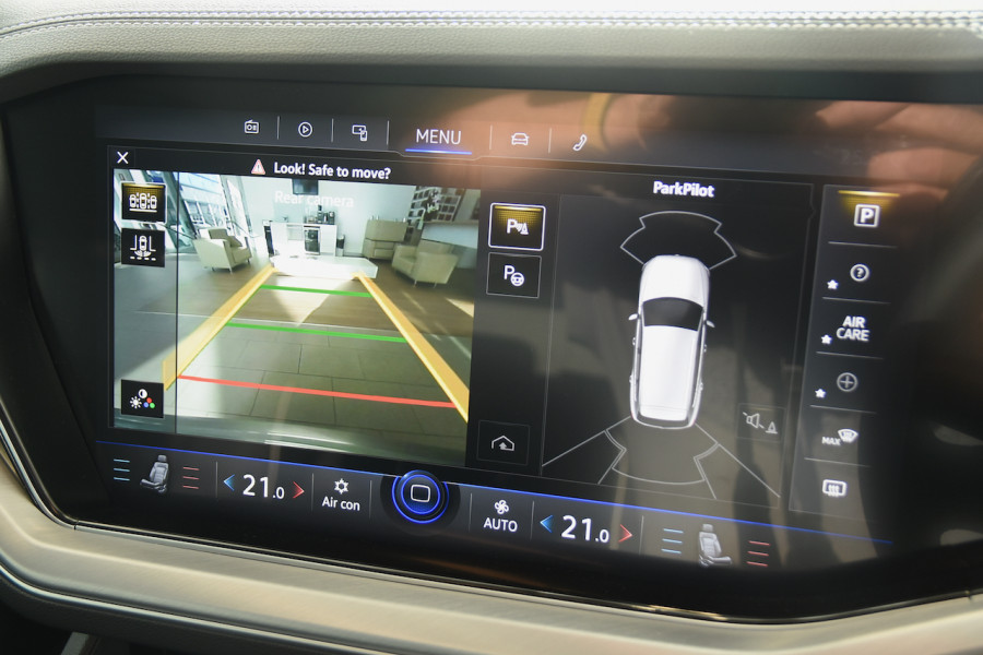 2020 Volkswagen Touareg CR 190TDI Premium Suv Image 17