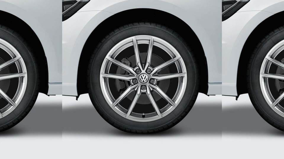 "18"" Pretoria alloy wheel in sterling silver"