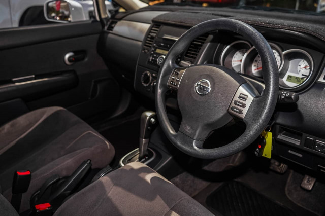 2010 MY07 Nissan Tiida C11  ST Sedan