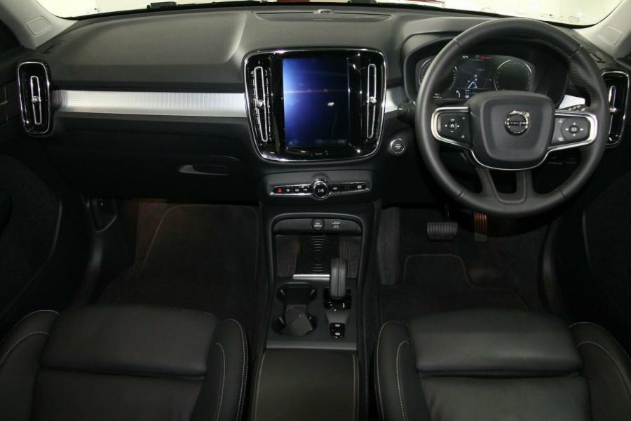 2018 Volvo XC40 XZ MY18 T5 AWD Momentum Wagon