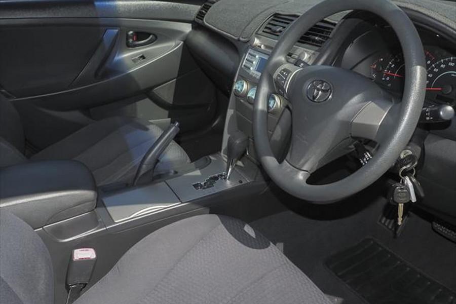 2006 Toyota Camry ACV40R Altise Sedan Image 6