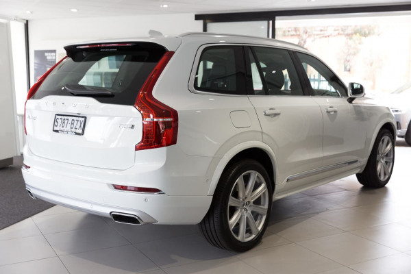 2019 Volvo XC90 L Series D5 Inscription Suv Image 3