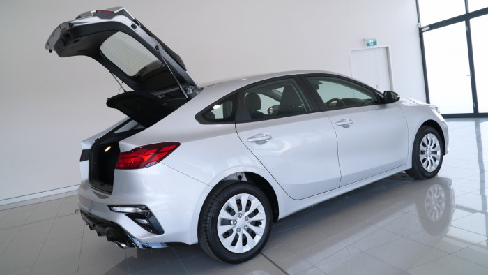 2020 Kia Cerato Hatch BD S with Safety Pack Hatchback Image 33