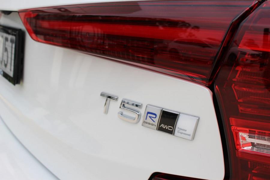 2019 MY20 Volvo S60 Z Series T5 R-Design Sedan Image 7