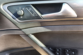2016 Volkswagen Golf 7 92TSI Hatch Image 4