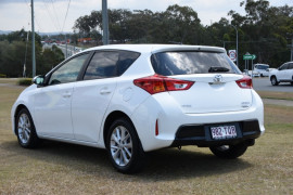 2014 Toyota Corolla ZRE182R Ascent Sport Hatch Image 3