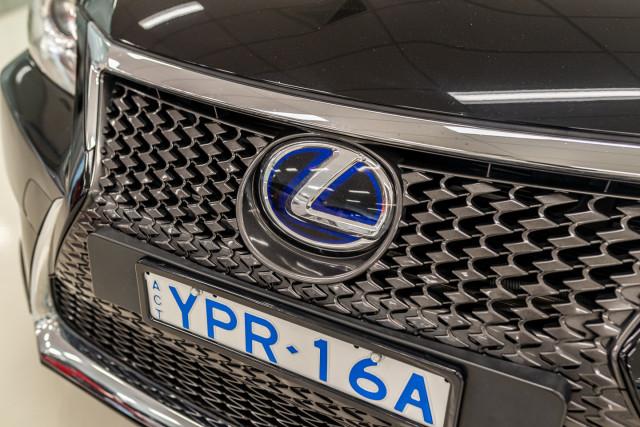 2016 Lexus Ct Hatchback Image 13