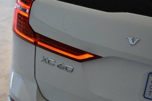 2018 Volvo XC60 UZ  D5 D5 - R-Design Suv Image 5