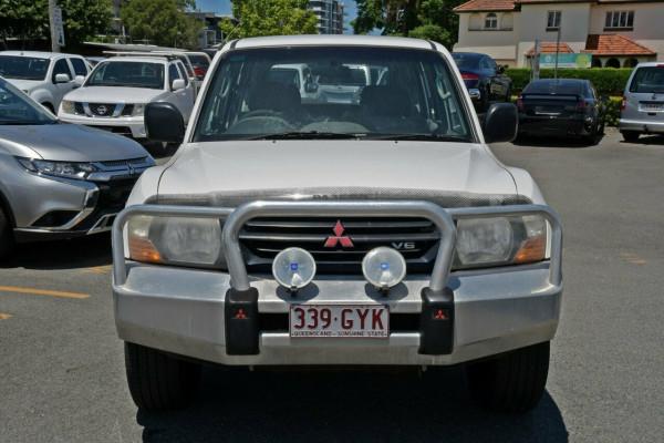 2002 Mitsubishi Pajero NP GLX Suv Image 2