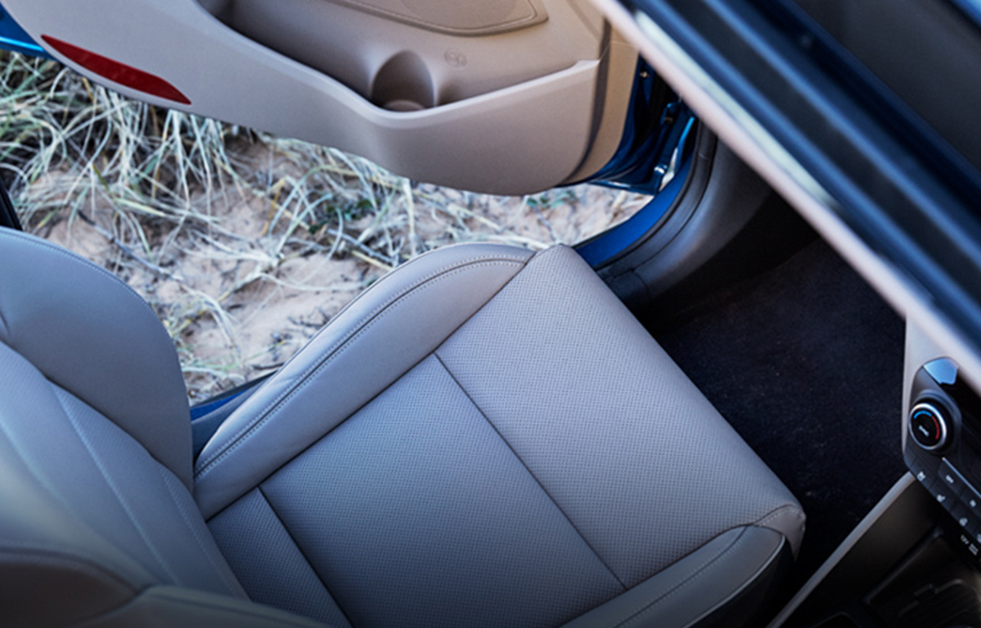 Tucson Leather interior