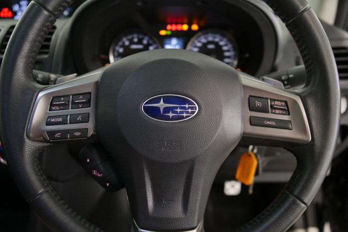 2014 Subaru XV G4-X 2.0i-S Suv Image 9