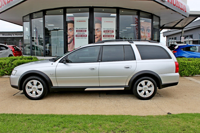 2005 Holden Adventra VZ SX6 Wagon Image 5