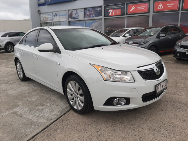 2011 MY12 Holden Cruze JH Series II  CDX Sedan Image 3