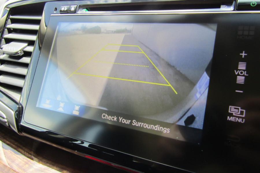 2016 Honda Odyssey 5th Gen VTi Wagon Image 20