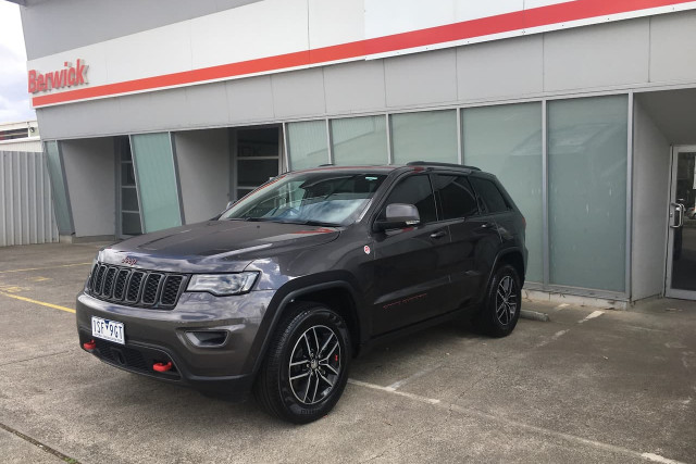 2018 Jeep Grand Cherokee Trailhawk 1 of 28