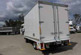 2018 Fuso Canter DELIVERY TRUCK PANTECH WITH TAILGATE 515 WIDE CAB Pantech