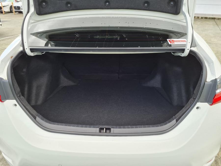 2017 Toyota Corolla ZRE172R Ascent Sedan Image 9