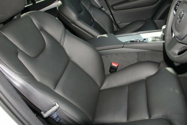 2019 MY20 Volvo XC90 L Series T6 Momentum Suv