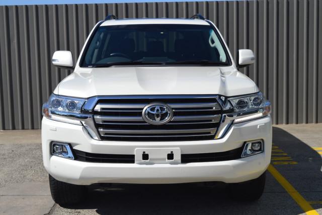 2016 Toyota Landcruiser VX 22 of 25