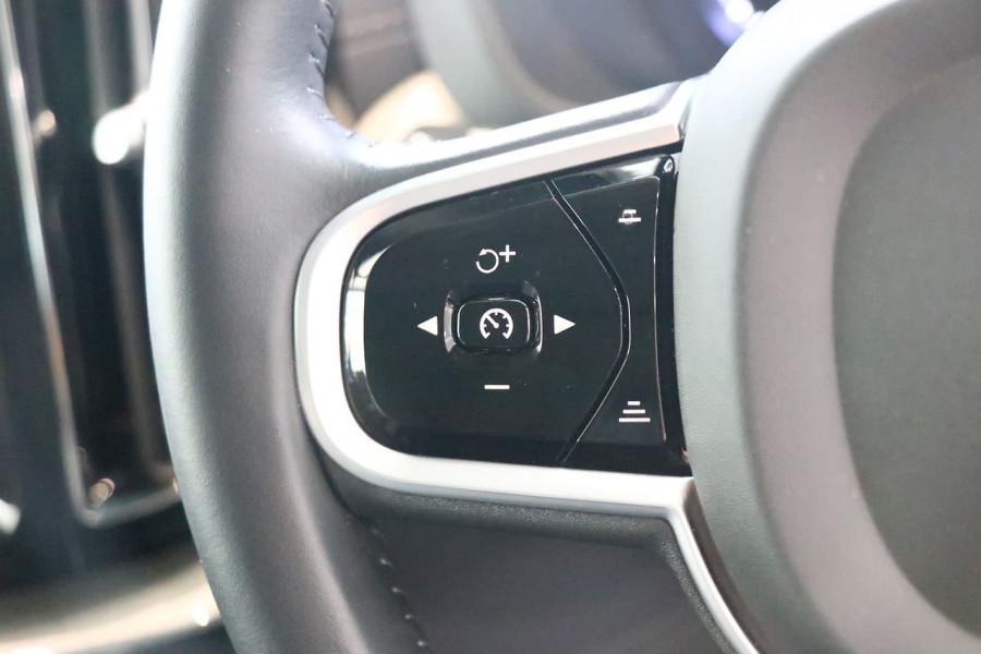 2019 Volvo XC60 UZ D4 Inscription Suv Mobile Image 9