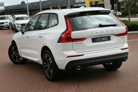 2018 MY19 Volvo XC60 UZ D4 Momentum Suv