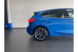 2020 MY20.25 Ford Focus SA  Titanium Hatchback Image 4