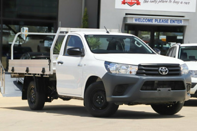 2016 Toyota Hilux GUN122R Workmate 4x2 Cab chassis