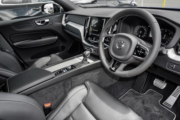 2019 MY20 Volvo XC60 UZ D5 R-Design Suv Image 5