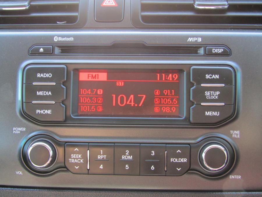 2013 Kia Rio UB  SLi Hatchback Image 20