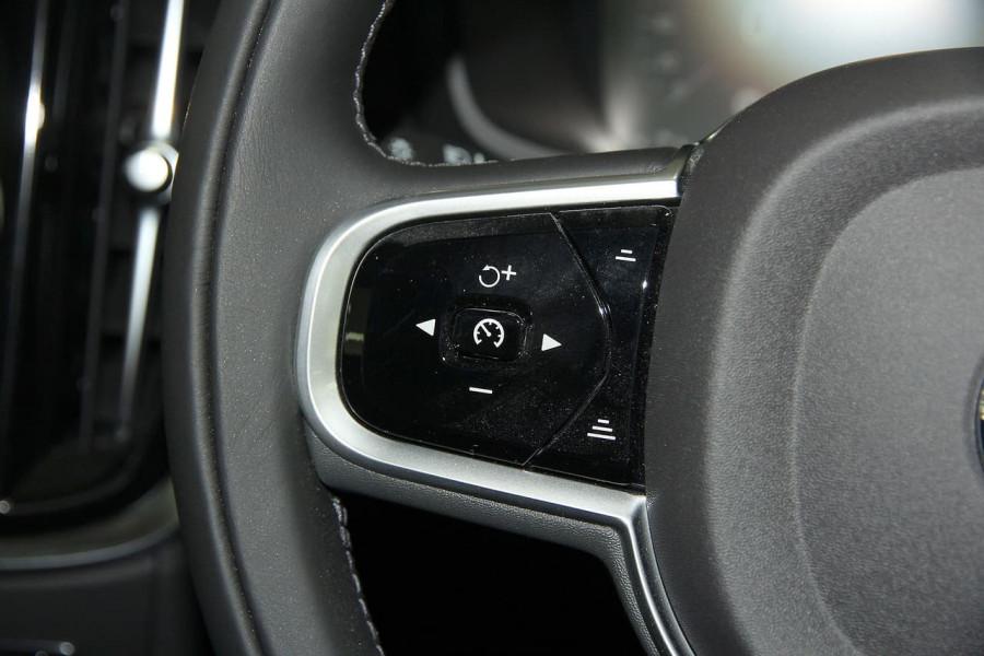 2019 MY20 Volvo V60 (No Series) T5 Momentum Wagon Mobile Image 8