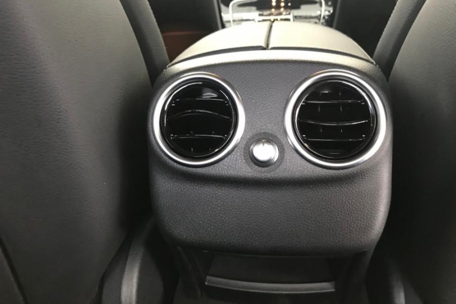 2018 Mercedes-Benz C-class W205 809MY C300 Sedan Image 12