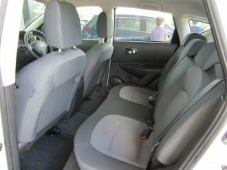 2010 MY09 Nissan Dualis J10 MY2009 ST Hatch X-tronic Hatchback image 19