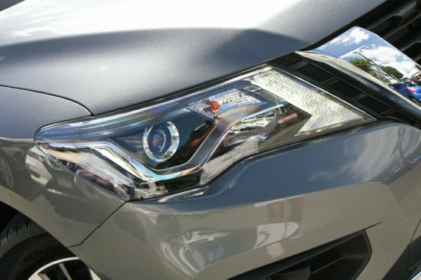 2018 MY19 Nissan Pathfinder R52 Series III ST-L 2WD Suv Image 2