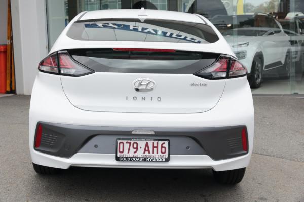 2020 Hyundai IONIQ AE.3 Electric Elite Hatchback