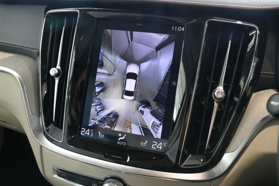 2019 MY20 Volvo S60 Z Series T5 Inscription Sedan Mobile Image 12