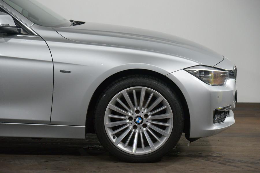 2012 BMW 3 20d Luxury Line