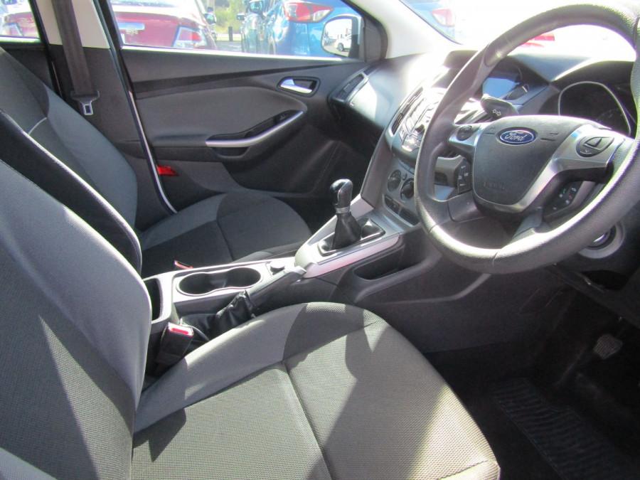 2012 Ford Focus LW TREND Hatchback Image 9