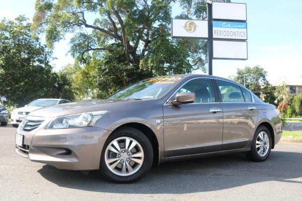 Honda Accord VTI 8TH GEN MY11