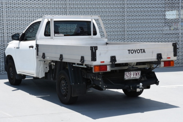 2015 Toyota HiLux TGN121R Workmate Image 3