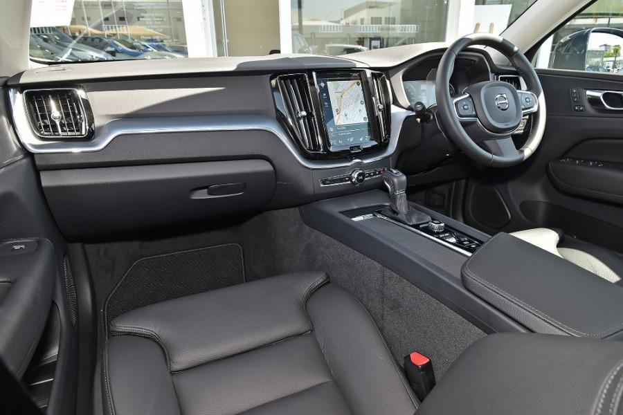 2019 Volvo XC60 UZ T5 Momentum Suv Mobile Image 9