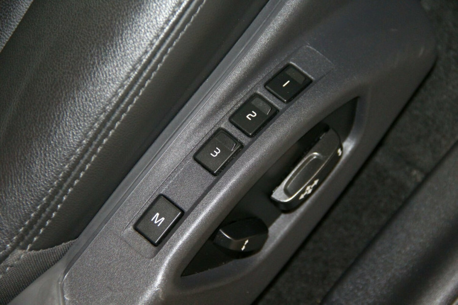 2014 Volvo XC60 DZ MY14 D4 Geartronic Kinetic Wagon