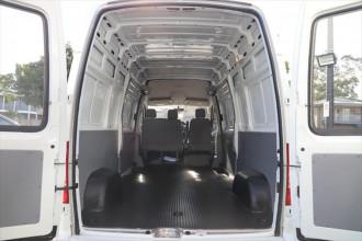 2018 MY21 LDV V80 LWB Mid Roof Van image 5