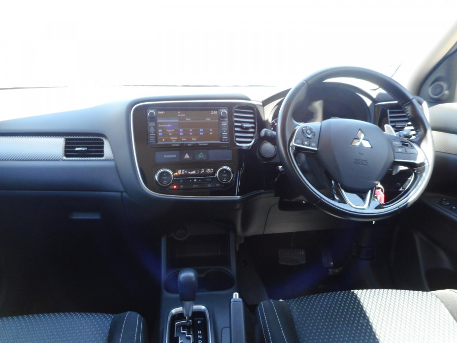 2015 MY16 Mitsubishi Outlander ZK  XLS Suv Image 14