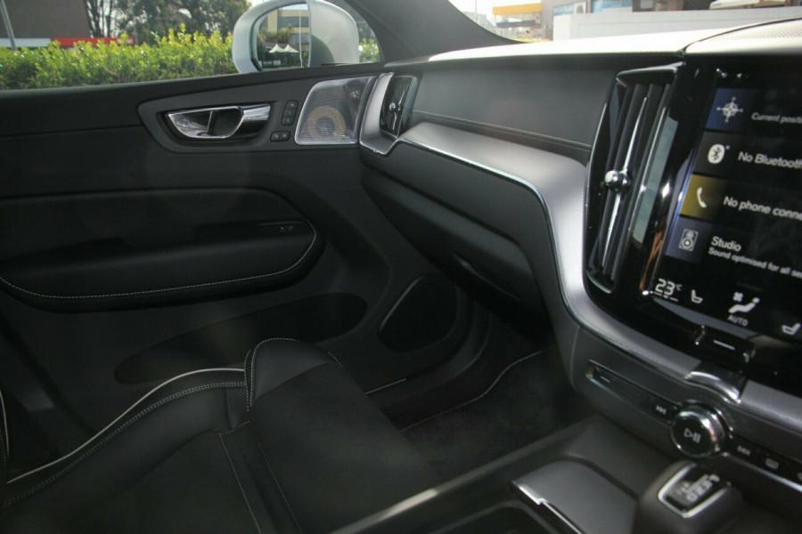 2018 Volvo XC60 UZ T6 R-Design (AWD) Suv Mobile Image 9